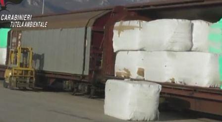 Болгария не давала согласия на перевозку мусора из Италии
