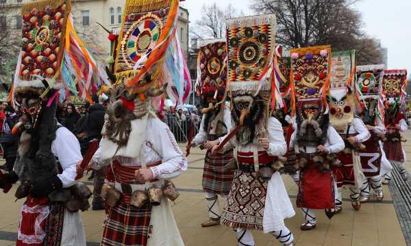 Фестиваль Сурва перенесут  в Софию?