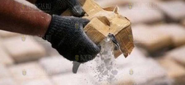 Море выбросило на берег в районе Шаблы мешки с кокаином