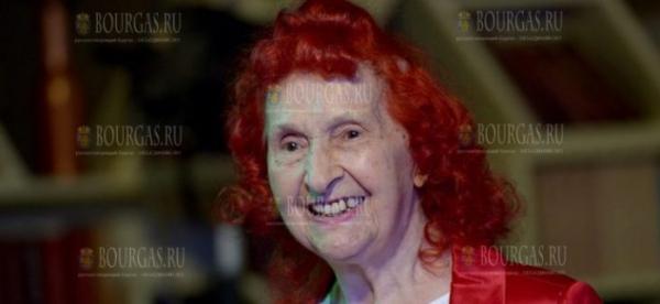92-летняя джазовая певица Ленни Валкова подала заявку в книгу рекордов Гиннеса