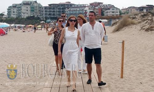 Ангелкова посетила пляж курорта Лозенец в Бургасской области