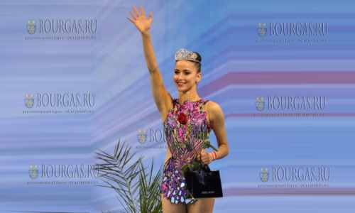 Гимнастка Невяна Владинова выиграла три золото на Кубке Мира по художественной гимнастике