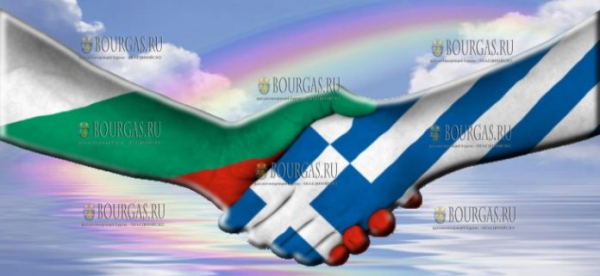 Болгария по просьбе Греции, открыла плотину на реке Марица