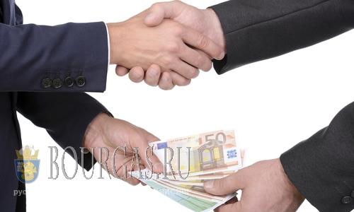 Почти половина болгар не верят, что в стране ведут борьбу с коррупцией