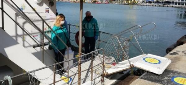 В Бургасе первые 20 туристов отправились на остров Святой Анастасии