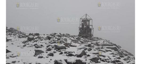 На днях в горах Болгарии шел снег