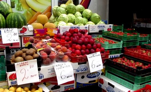 Около 80% овощей и фруктов в Болгарии импортируются