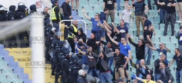 Футбольные хулиганы в Болгарии меньше хулиганят
