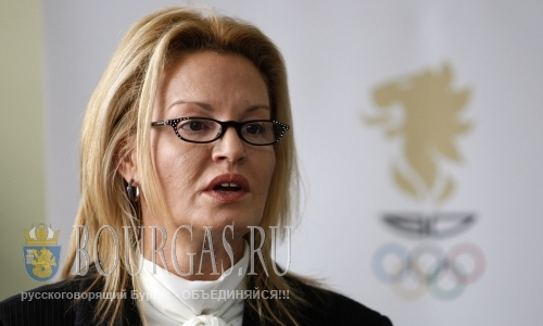 Стефка Костадинова поздравляет всех с Международным олимпийским днем