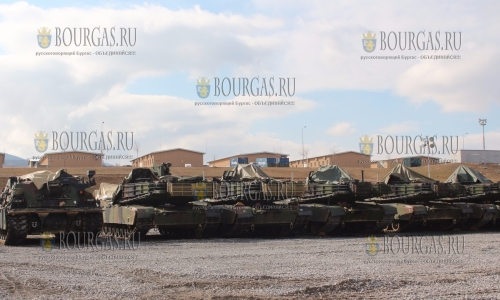 Американская военная техника прибыла на полигон Ново Село