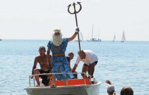 День Нептуна прошел на Пляже Бургаса…