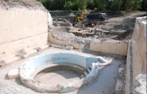 Археологи при раскопках в районе «Аква Калиде» нашли интересные артефакты