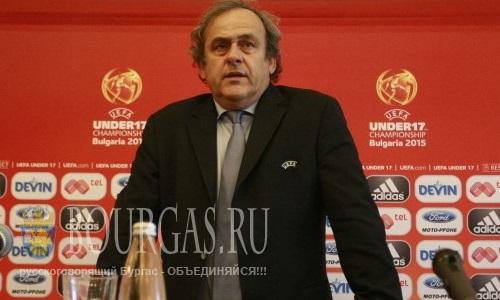 Президент УЕФА Мишель Платини — прилетел в Болгарию