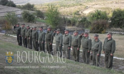 Добровольной воинской службе в Болгарии быть?