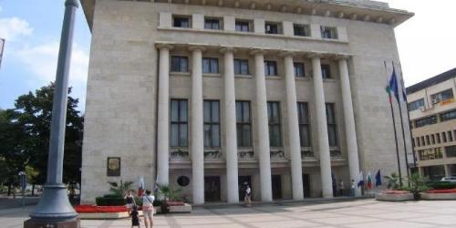 """В Бургас ограничат движение в районе круга """"Мираж"""""""