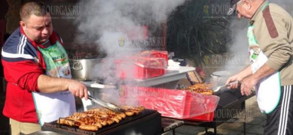 В Кошарице прошел очередной фестиваль домашней колбасы — суджук