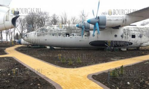 Музей авиации в Сарафово ожидает посетителей