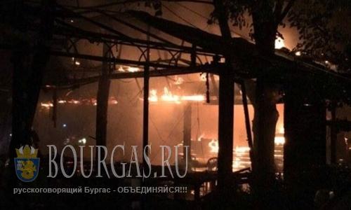 В центре Варны сгорел ресторан (+Видео)