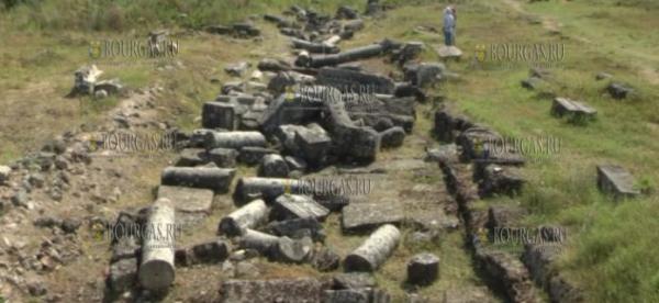 Археологи в Болгарии обнаружили западные ворота древнеримской византийской крепости Бонония