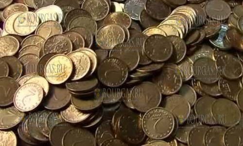 Болгарин заплатил за виньетку 14 кг монет