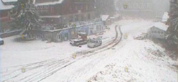 На Витоше в Болгарии идет снег