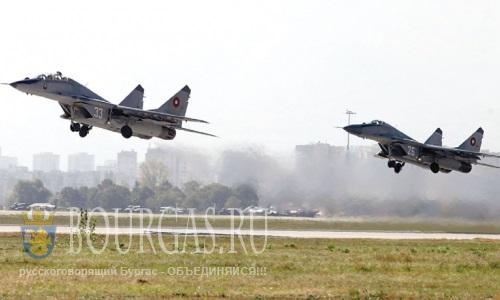 Небо Болгарии сегодня охраняют 7 самолетов Миг-29