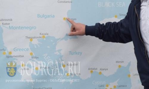 Макет Черного моря у входа в порт Бургаса