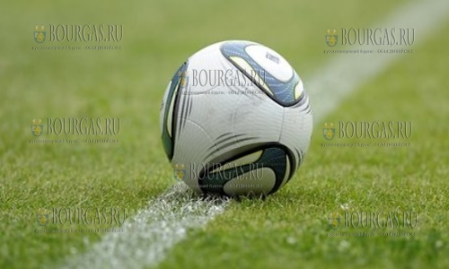 Армянский ФК Гандзасар-Капан работает на учебно-тренировочных сборах в Болгарии