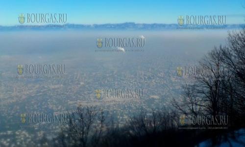Крупные города Болгарии снова оказались в плену смога