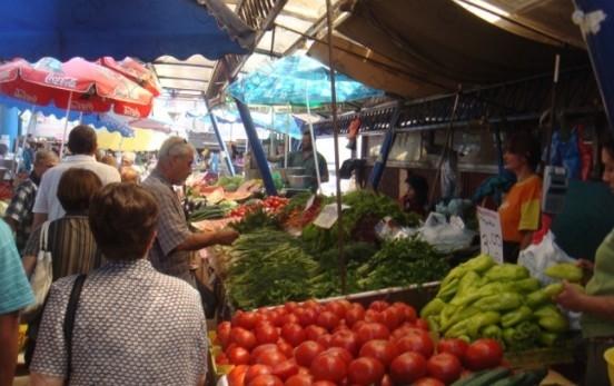 Рынок в Бургасе у училища «П.Р.Славейков»