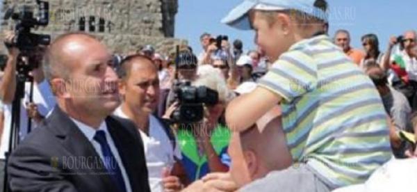 Румен Радев принял участие в праздновании 142 годовщине боев на Шипке