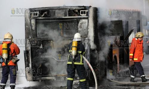 В Приморско сгорел ресторан