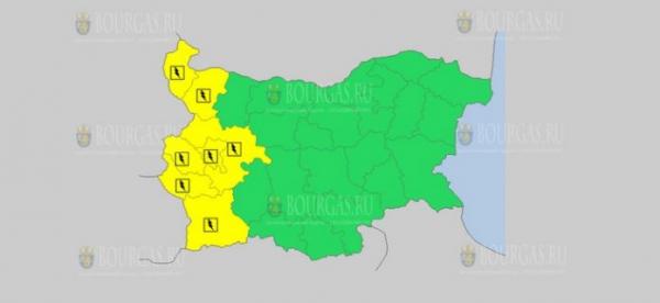 В ночь с 14-го на 15-е мая в Болгарии — дождливый и грозовой Желтые коды опасности