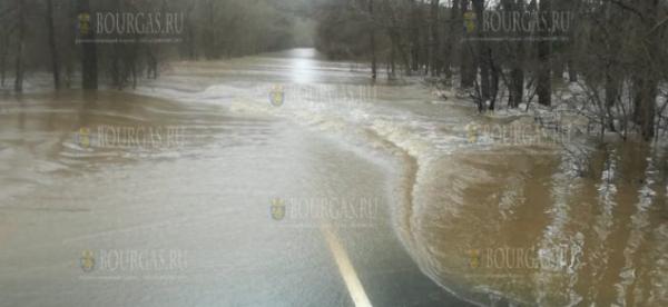 Дорога Ахтополь — Синеморец пока остается под водой