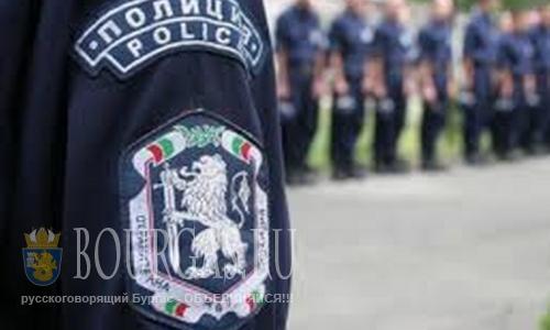 Полицейские Болгарии получат 13-ю зарплату к Рождеству