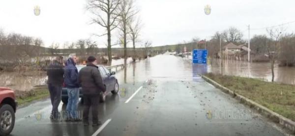 Уровень воды в реке Средецка в Бургасской области продолжает подыматься
