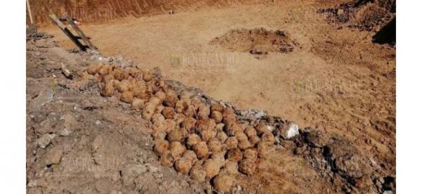 Более 350 ядер времен Русско-турецкой войны 1877-1878 годов нашли в Болгарии