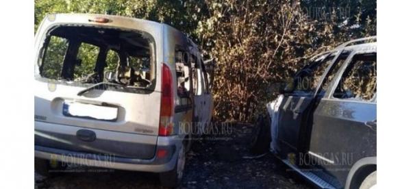 Сегодня ночью в Варне горели авто