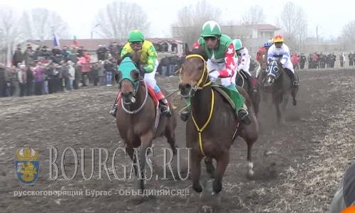 Скачки чистокровных английских лошадей в Сандрово