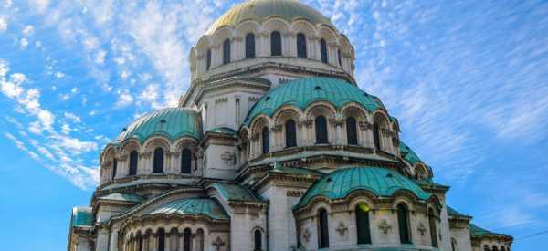 Россияне снова могут оформлять визы в Болгарию
