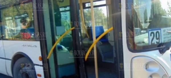 Водитель автобуса в Пловдиве потерял сознание прямо на маршруте