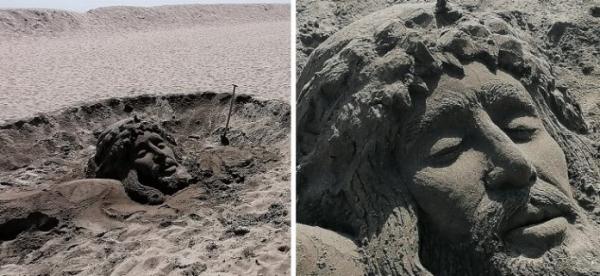 Иисус Христос «воскрес» на пляже в Бургасе