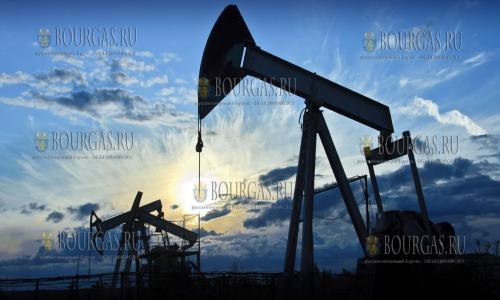Третья волна коронавируса снизила цену на нефть на 4%