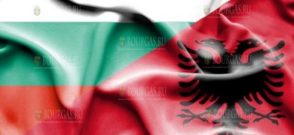 Болгария оказывает помощь Албании