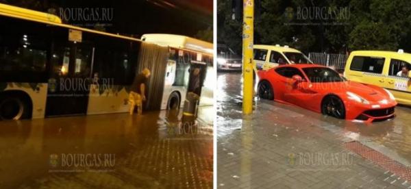 Буря в Софии «утопила» Ferrari