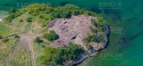 Археологи в Бургасе нашли фундамент смотровой башни и древнее святилище