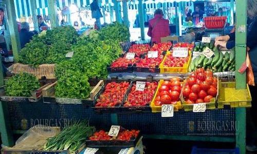 Цены на фрукты и овощи в Варне идут вниз, но не так быстро как хотелось бы