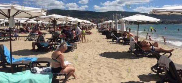 На пляжах в Болгарии аншлаг!
