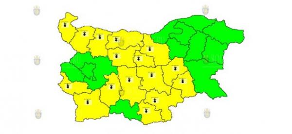 12 августа в Болгарии объявлен Желтый код опасности